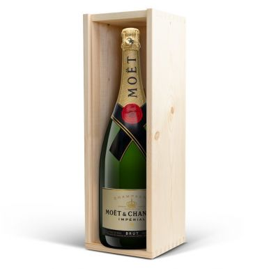 Champagne in bedrukte kist - Moët & Chandon (1500ml)